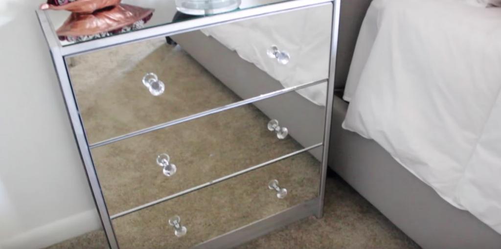 elle se procure la commode la moins ch re de chez ikea mais ce qu elle en fait est magnifique. Black Bedroom Furniture Sets. Home Design Ideas