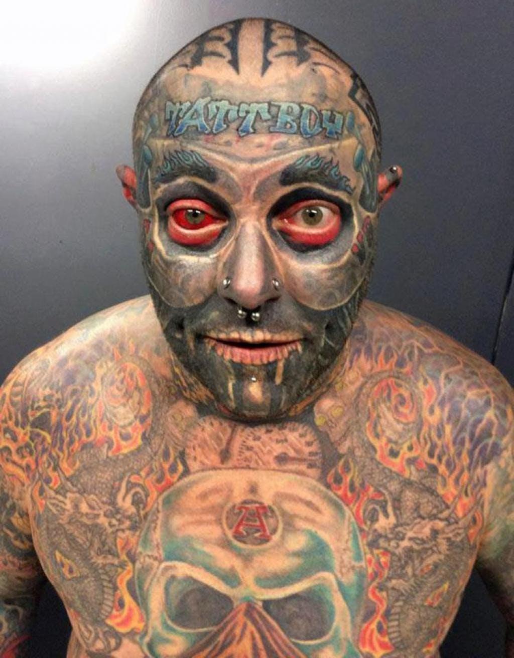 Photos Obsede Par Les Tatouages Un Homme Se Fait Tatouer 90 De Son Corps