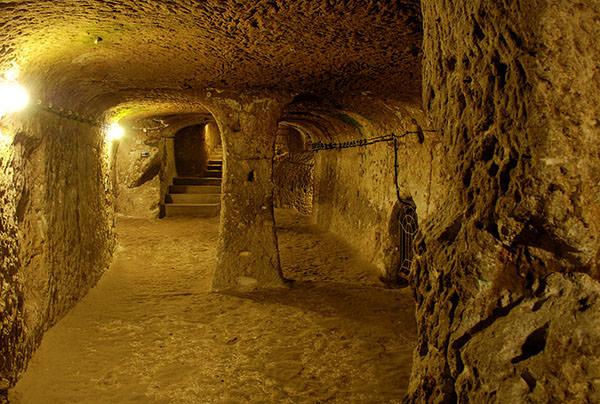 cite souterraine 8